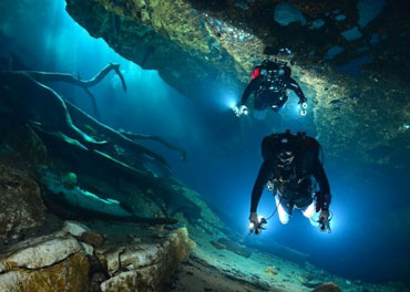discover-cave-diving